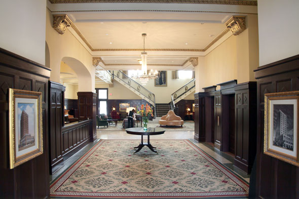 hotel-settles-millwork-restoration
